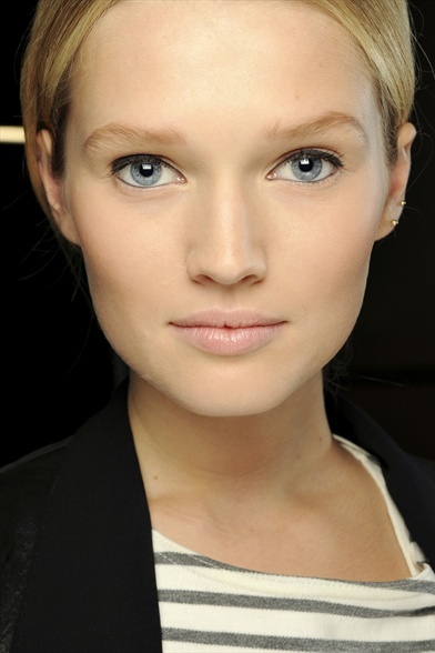 how to make skin look fresh and flawless