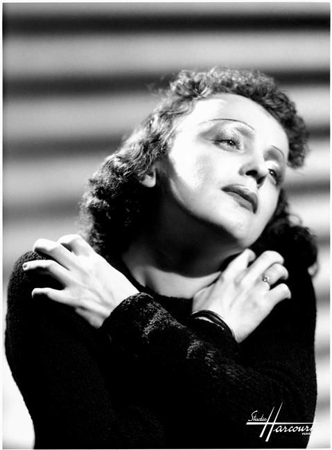 Edith Piaf, Studio Harcourt, 1939