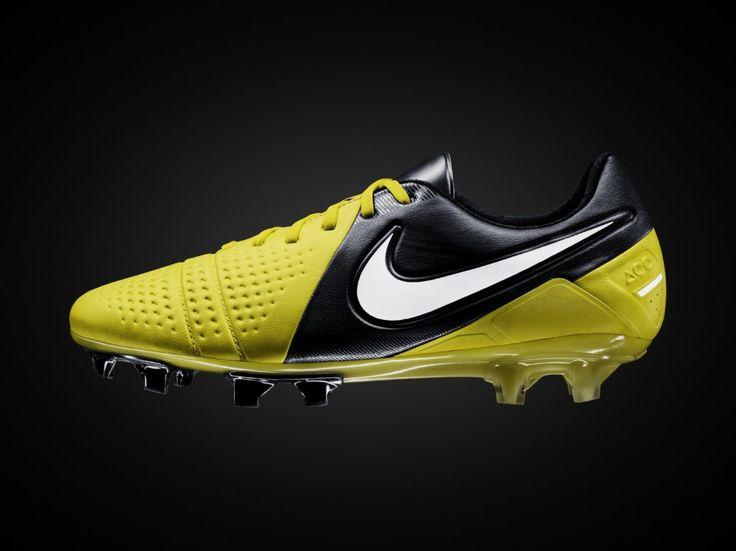 Nike CTR 360 Maestri II. Soccer StoreFootball BootsSoccer ...