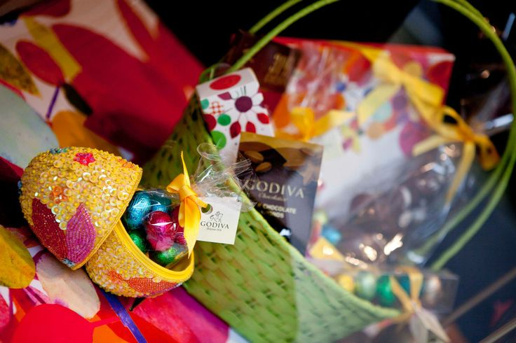 Opt for extravagant #Easter treats this weekend from @Godiva Chocolates UK in #RegentStreet.