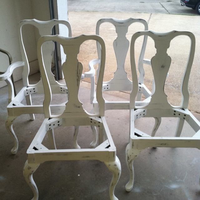 Distressed Kitchen table & chairs