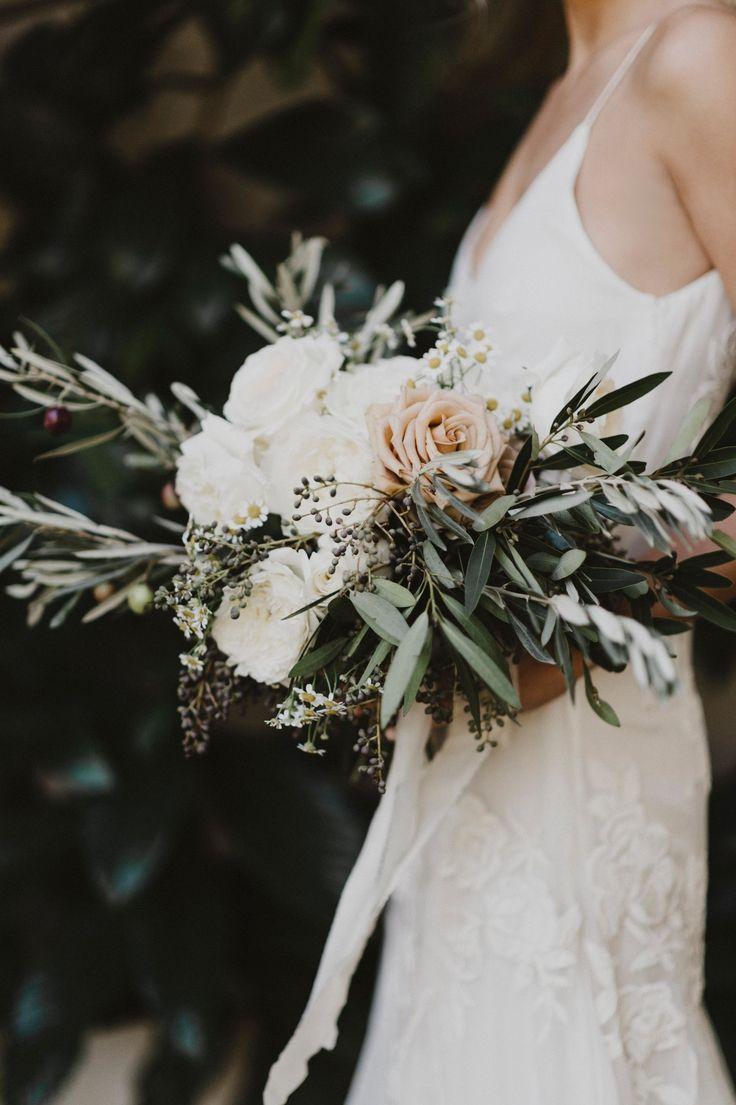 modern bridal bouquet inspiration