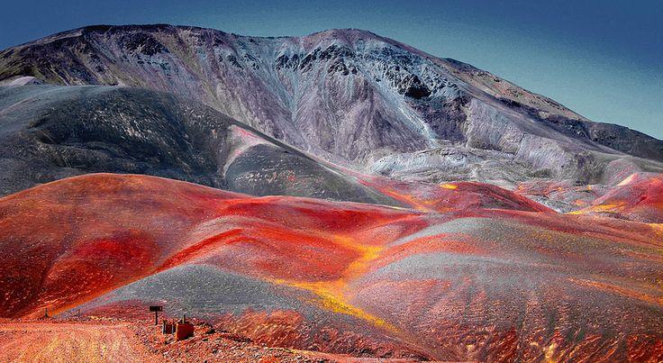 Colores en el Cerro - La Rioja - Argentina
