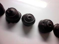 FarkasVilmos: Konyakmeggy bonbon, kézműves módszerrel