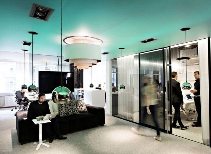 www.dsign.fi  http://www.helsinkidesignweek.com/ohjelma/open-studios-dsign-vertti-kivi-co/?lang=fi