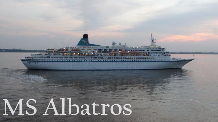 Auslaufen der MS Albatros in Bremerhaven | Phoenix Reisen - YouTube