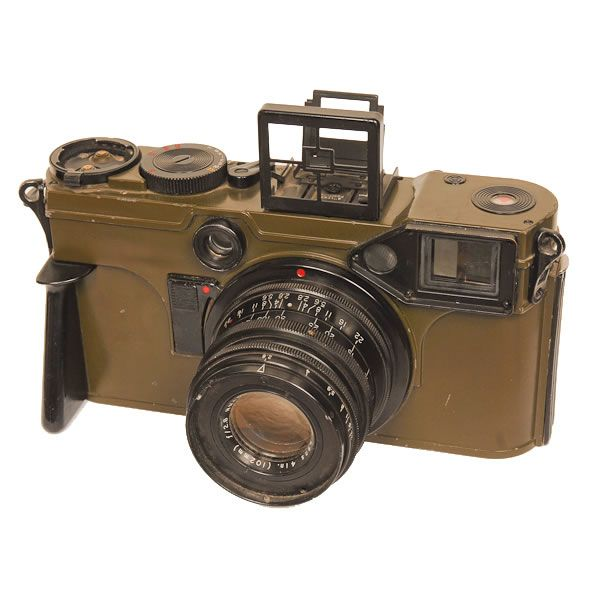 "Graflex KE-4 Combat Camera | Manufactured for the military in 1953 these cameras were very large, using 70mm film. Since the design looked like a giant Contax camera it was given the nickname ""Gulliver's Contax""."
