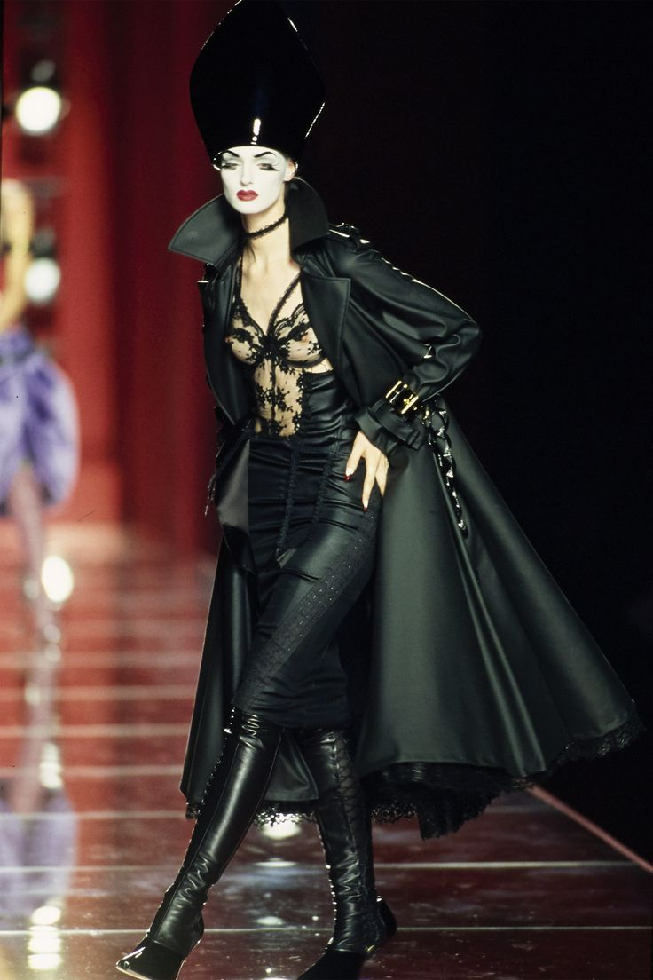 Christian Dior Fall 2000 Couture Fashion Show - designer John Galliano.