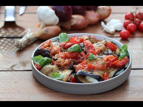 Recept 'Auberginerolletjes met halloumi en tomaat '   njam!