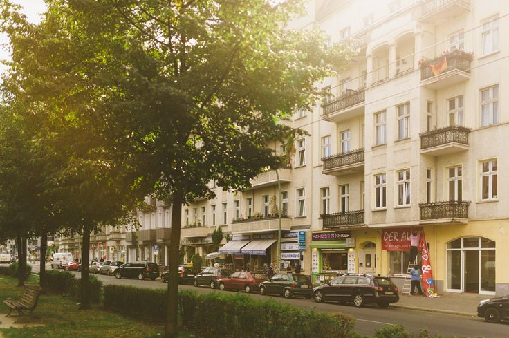 Friedrichshain ist einer der beliebtesten Bezirke von ganz Berlin ( #fhain #friedrichshain #berlin #Wohnen, #Leben, #Nachbarschaft, #Lifestyle,  #Berlin, #Kiez, #Stadtteil, #Bezirk #kiez #living #vintage #mood #sunset)