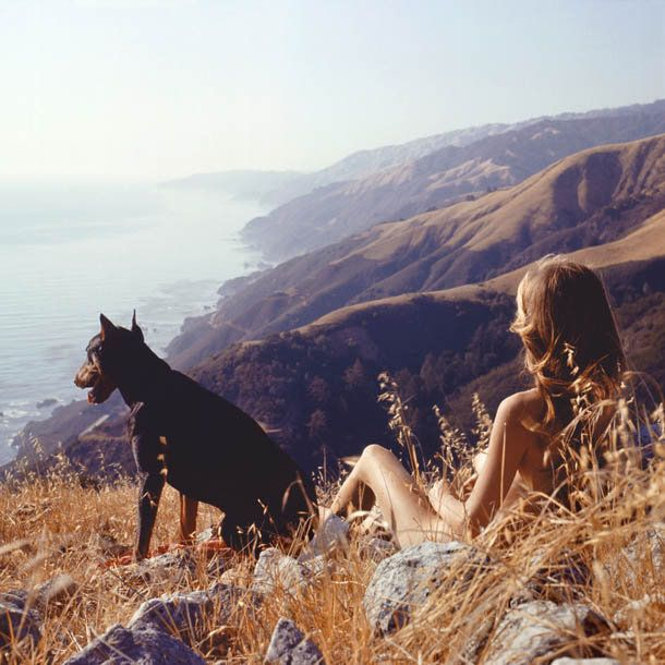 Sandy & Agar, Big Sur c.1960s  Photo by Hunter S. Thompson