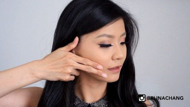 Hi Beauty Babes, This is how to put on the blush on and not overdoing it #beauty #makeup #tutorial #tips Follow: http://instagram.com/rlinachang