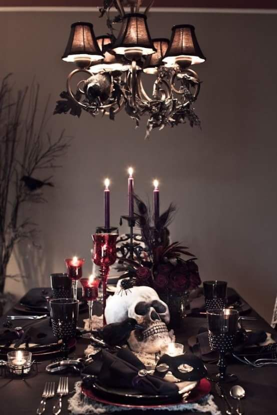 37 Cool Classic Red And Black Halloween Ideas With Gothic Dining Table Decor