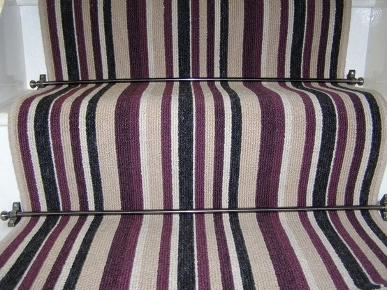 Can't beat a stripy carpet on the staircase!