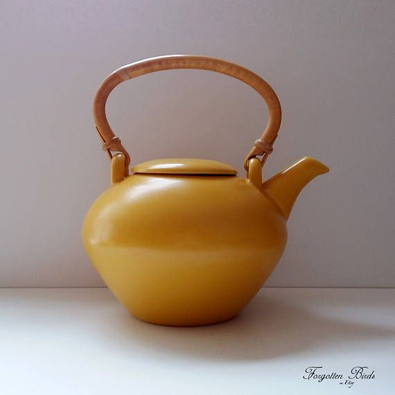Höganäs Keramik Large Yellow Stoneware Tea Pot. Vintage /