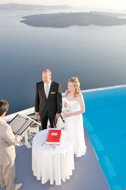 CHROMATA Hotel, Santorini | Unique wedding locations #santorini #wedding #package