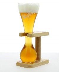 Saveur Bière : tireuse à bière, fût de bière, bière bouteille, verre à bière...