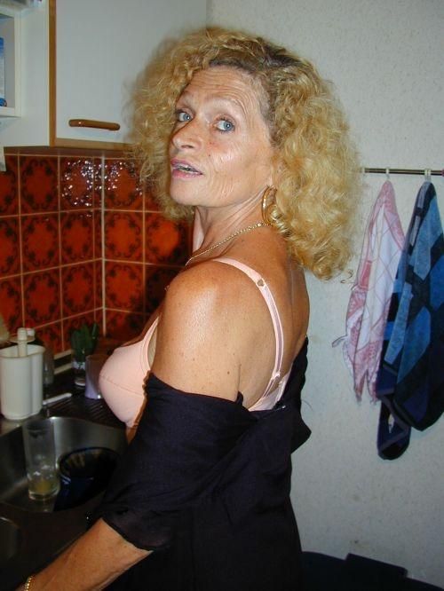 femme vieille nue paris top escorts
