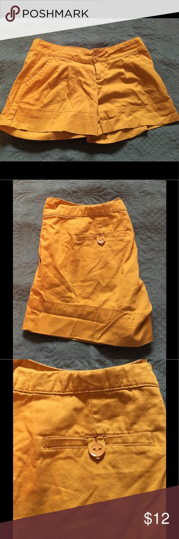 5 for $20 🦋 Red Camel Shorts size 9 Red Camel shorts size 9. These are so cute and will be wonderful for your summer wardrobe. Pretty dank yellow color. Red Camel Shorts Bermudas