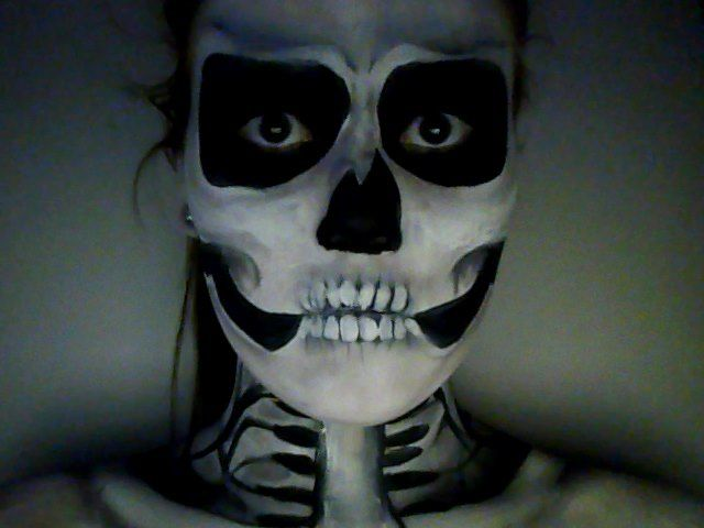 I painted myself a skeleton for fun<3