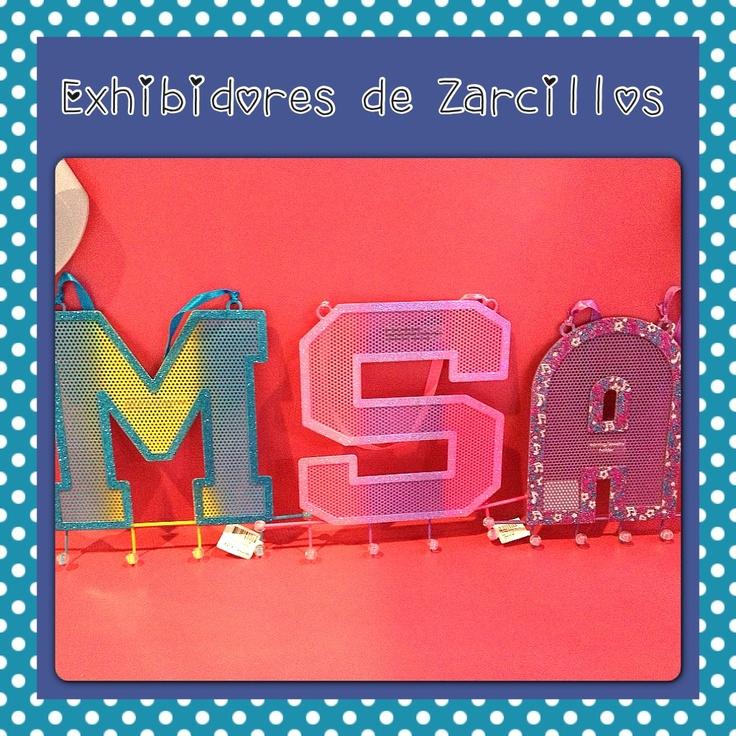 Exhibidores de Zarcillos en Bs.220, para que los tengas todos ordenados búscalo en Miss Pink