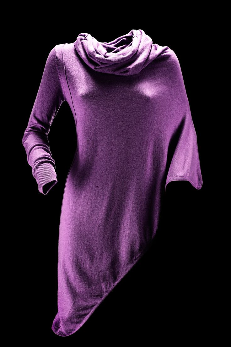 #magliaasimmetrica #accessoridonna #bomboogie #saldinvernali #asymmetricsweater #womanaccessories #bomboogie #wintersales