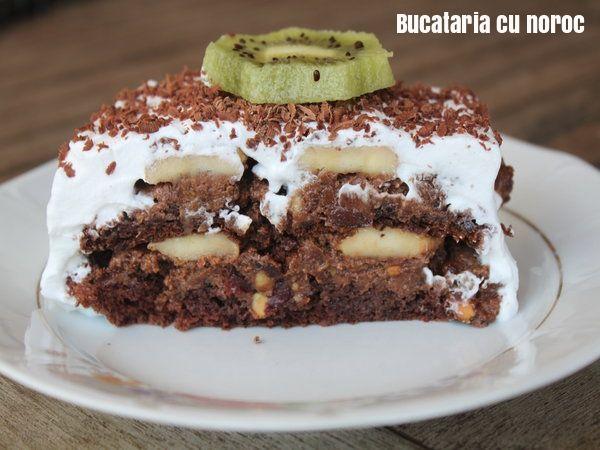 Tort Madalina cu ciocolata si fructe - Bucataria cu noroc