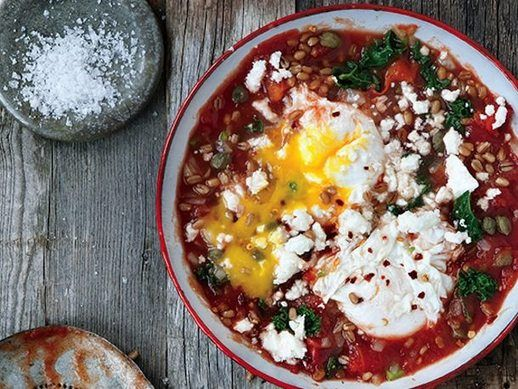 Saucy Tomato Poached Eggs with Kale and Wheat Berries From 'Whole-Grain Mornings': Sauci Tomatoes, Whole Grains Mornings, Recipe, Tomatoes Poached, Other, Wheat Berries, Serious Eating, Poached Eggs, Delicious Food