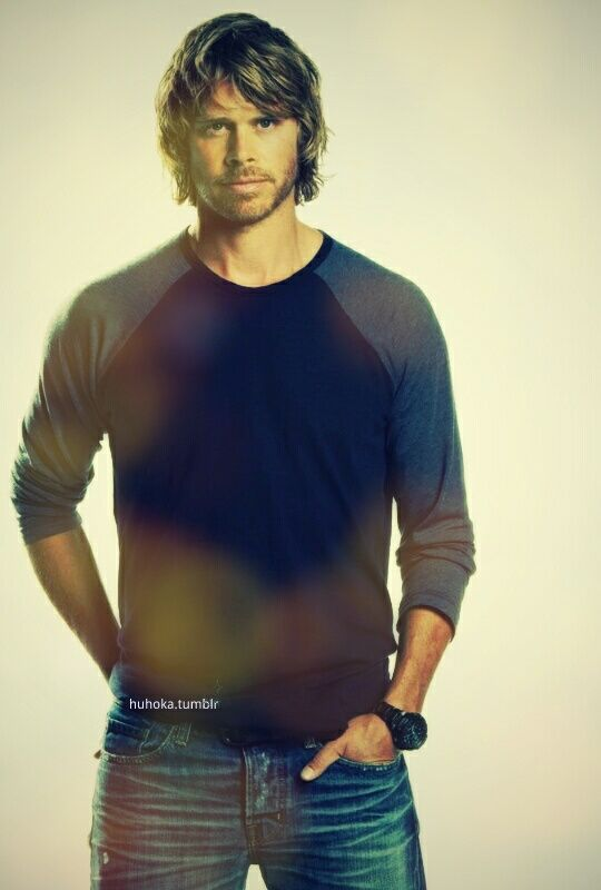 Eric Christian Olsen as LAPD Detective Marty Deeks. I never thought I'd fine him so attractive but hey, he's a cutie