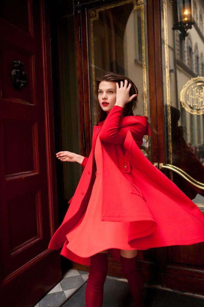 Alexandra Tomlinson by Marcelo Krasilcic for Elle Italy