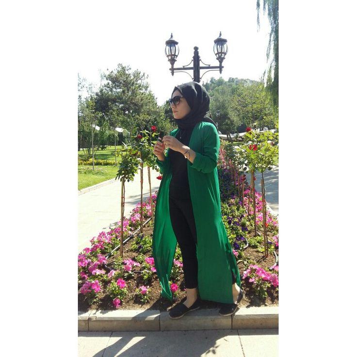 İnstagram: ireminnietemiz  #hijab #hijabers #dress #tesettur #etek #esarp #sal #tasarım #design #designer #dress #green