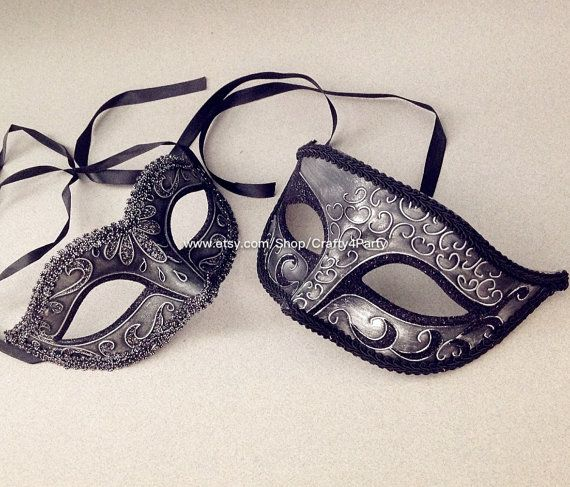 Metalic Black Silver paar maskerade masker paar door Crafty4Party