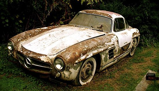 Best 25 barn finds ideas on pinterest abandoned cars for Mercedes benz junk yards