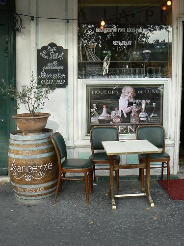 Café Louis Philippe - a quiet cafe to sit outside along the Seine. After lunch or afternoon wine, wander around Village Saint Paul #BrightLightsParis  http://www.lavieannrose.com/bright-lights-paris