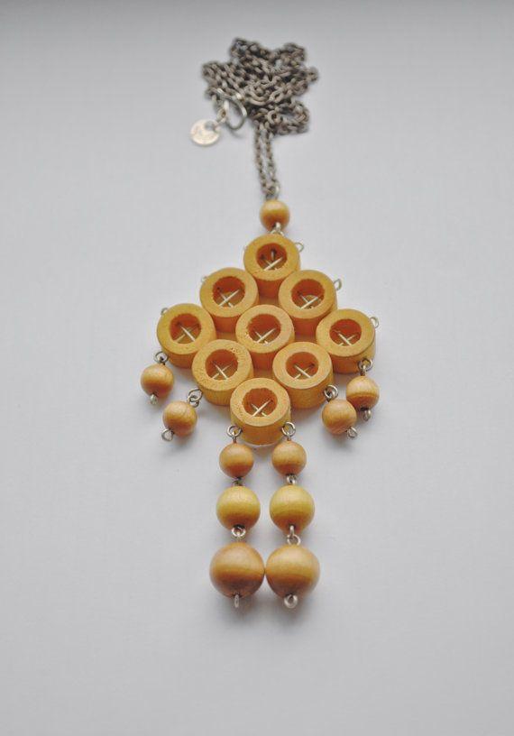 Aarikka of Finland large kinetic yellow birch wood wood necklace
