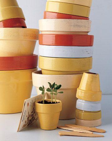 40 Ideas to Dress Up Terra Cotta Flower Pots - DIY Planter Crafts {Saturday Inspiration & Ideas} -