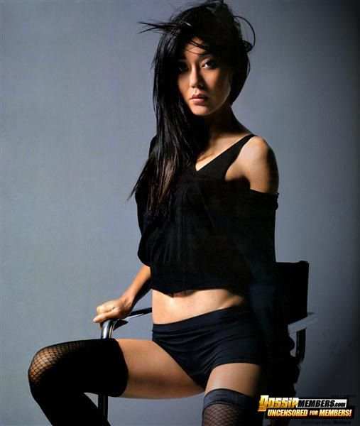 http://cdn1.galleries2.gossipkings.com/orientalcelebs/pictures/041-yunjin-kim/pictures/9.jpg