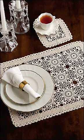 Ravelry: Summer Dreams Place Mat & Coaster pattern by Agnes Russell (Crochet World)