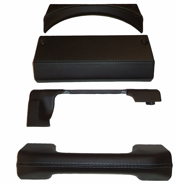 4 piece landrover defender padded dash set covered in black leather & black stitch by www.ruskindesign.co.uk