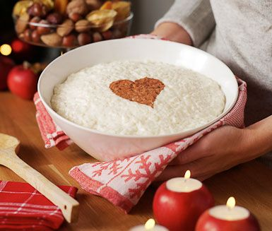 Risgrynsgröt recipe - traditional Swedish Christmas rice porridge (more like a creamy rice pudding than a porridge)
