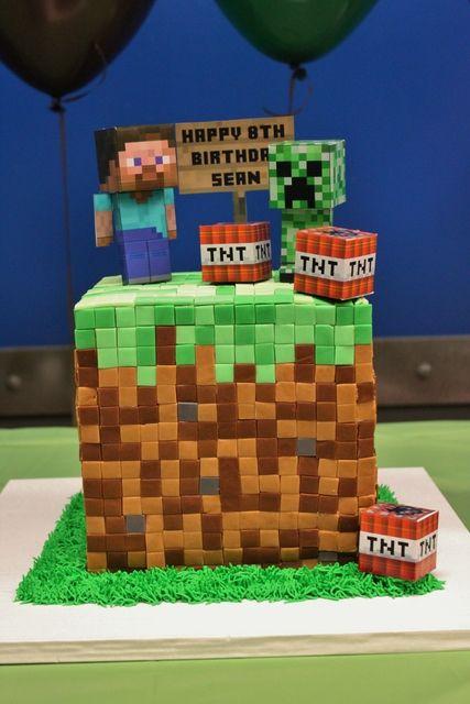 Cake from a Minecraft Party #minecraft #partycake