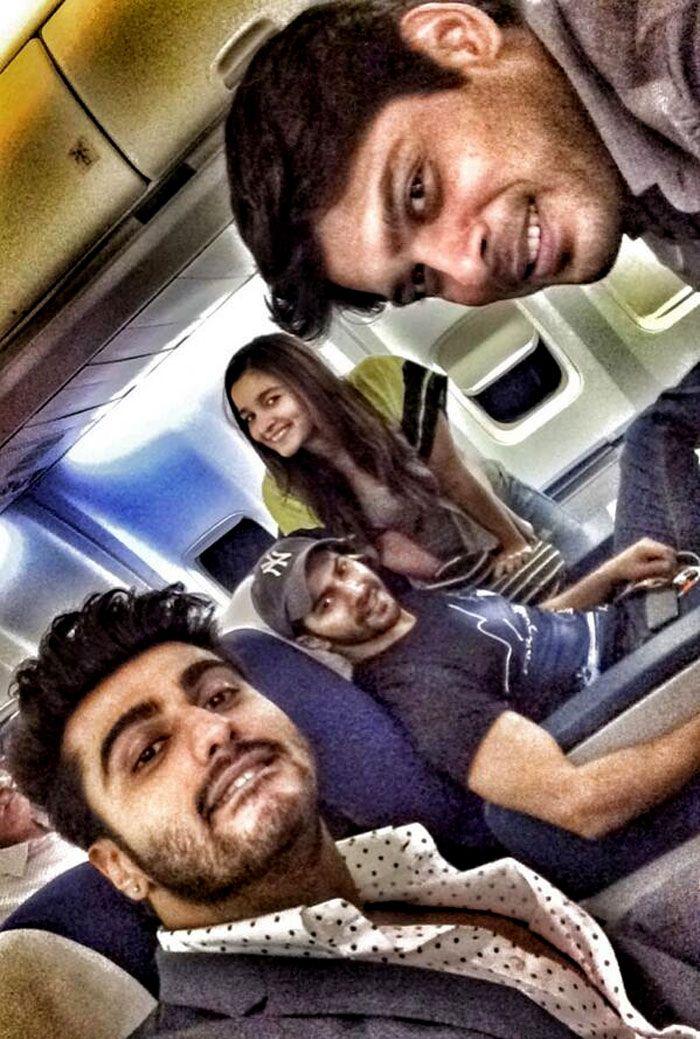 Arjun Kapoor posted a selfie with Varun Dhawan, Alia  Bhatt and Sidharth Shukla.