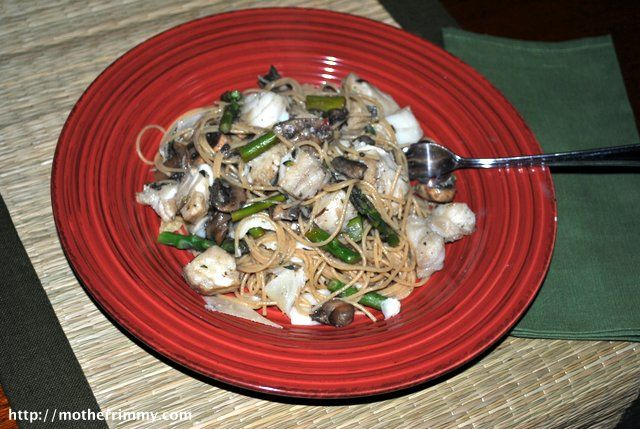 Seafood Pasta with Mushrooms and Asparagus