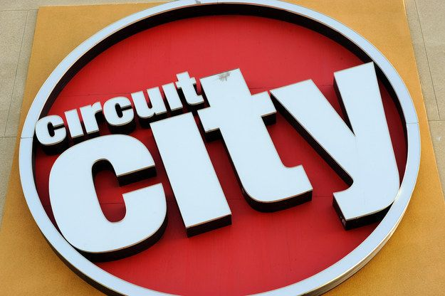 "Circuit City Is Rising From The Dead To Target ""Millennials"""