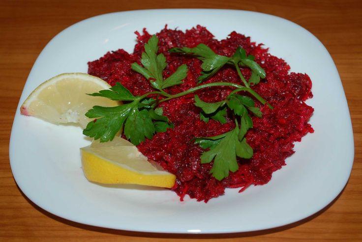 Retete culinare: Salata de sfecla rosie,morcov si ridiche neagra