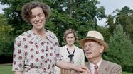 Review: Bill Murray shines as FDR in 'Hyde Park on Hudson' Director Roger Michell nimbly manages dual story lines involving President Roosevelt's kissing cousin and the impending political ramifications of a visit from the royals. Watch review at: www.latimes.com