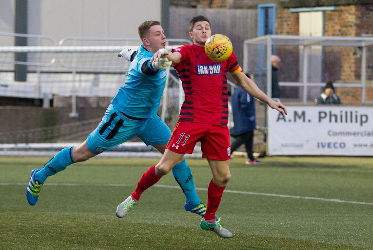 Queen's Park's Sean Burns in action during the SPFL League One game between Forfar Athletic and Queen's Park.