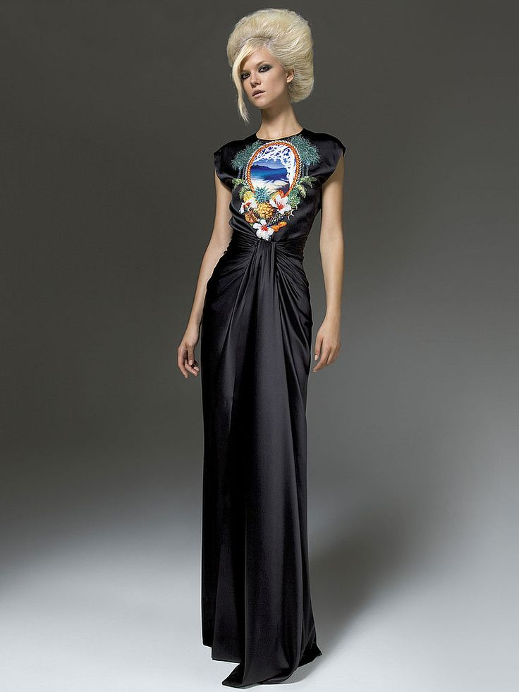 online designer fashion shopping Atelier Versace Fall 2011   POPSUGAR Fashion