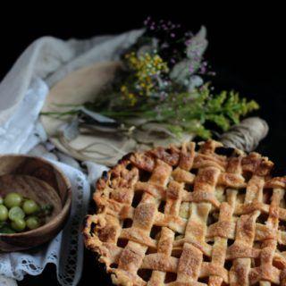 Gooseberry and apple pie