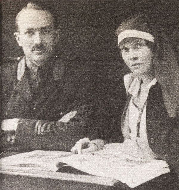Dr. Wilder Penfield - Famous Canadian Physicians. Picture: Wilder and Helen Penfield as newlyweds in Paris, 1917.